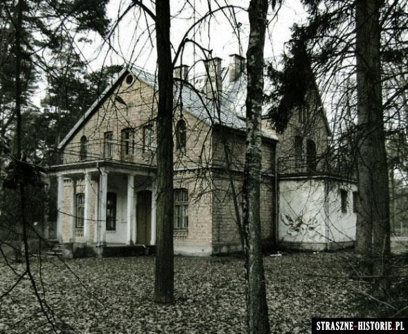 10 nawiedzonych miejsc w Polsce